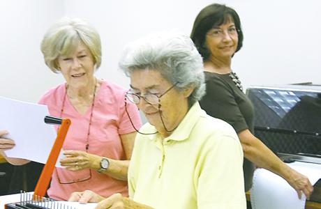 Temple Sisterhood Braille Group speaks language of kindness